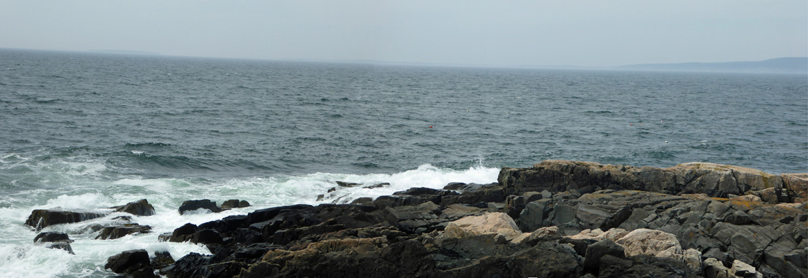 Surf on rocks Schoodic Pen