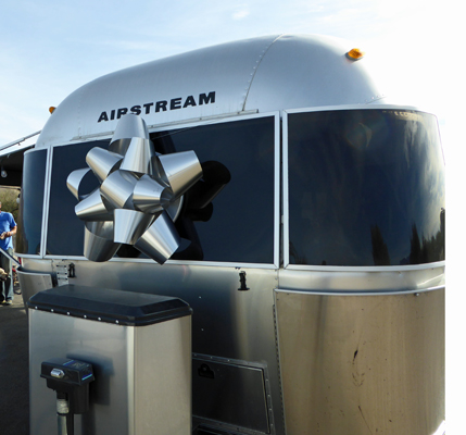 Airstream with Christmas bow