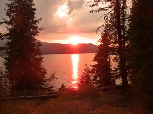 Sunset Diamond Lake OR