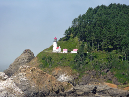 Hecata Head Light House