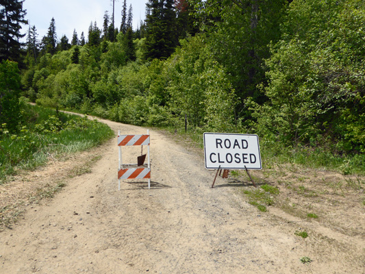 FR 438 Road Closed sign