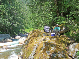 Picnic on a rock along the Sauk River on the Mt. Loop Highway