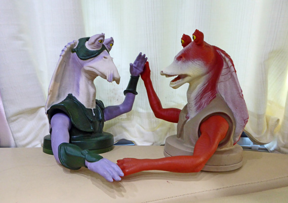 Jar Jar Binks and Sebulba